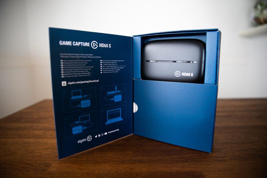 Game Capture HD 60Sのパッケージの中の写真